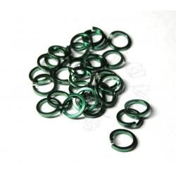 50 ks 8,2/1,6 zelené tmavší mechové kroužky z hranatého